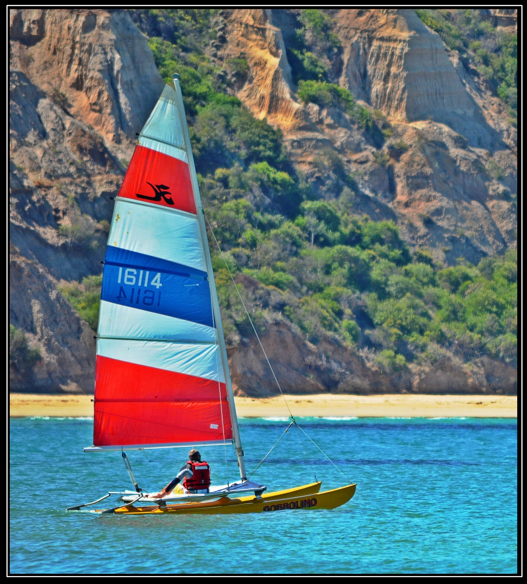 078_sailing-in-a-stiff-breeze-e8bf82e3466bba0787aa3bcef94e9eb2bb3b5a09